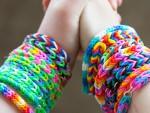 armband-gummiband-pyssel-barn-barnpyssel