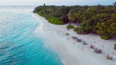 /soneva-fushi-by-the-beach.jpg