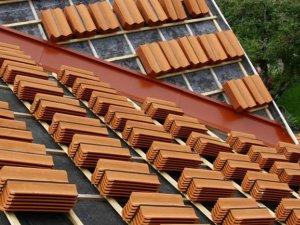 56c808ef00b9 Dags för en takrenovering?
