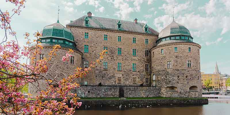 Hitta mäklare Örebro