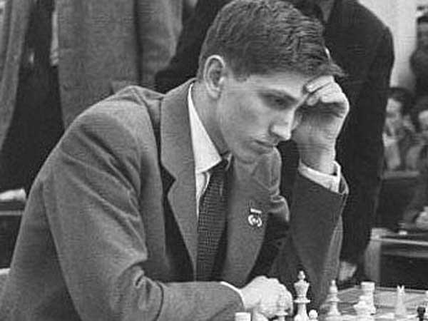 Bobby Fischer – IQ 180