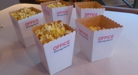 Vita popcornbägare utan tryck