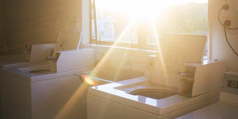 Vi hjälper dig installera tvättmaskin i Stockholm.