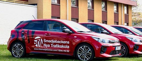 Vi erbjuder intensivkurs Västerås för körkort i natursköna Smedjebacken.