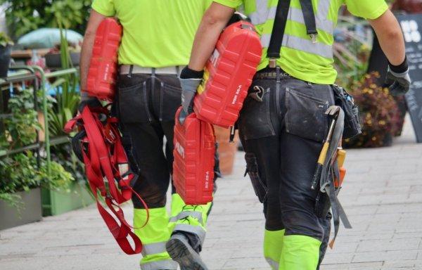 arbetskläder för byggarbetaren