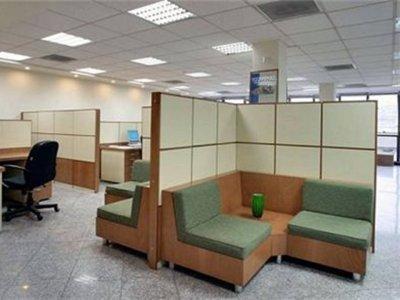 ست مبلمان پذیرش شامل میز , صندلی وپارتیشن بندی و دکوراسیون سالن های انتظار
