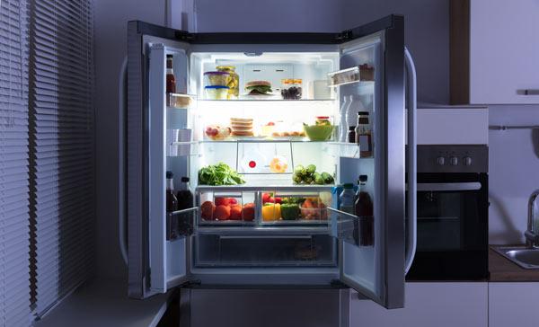 fristående eller inbyggt kylskåp