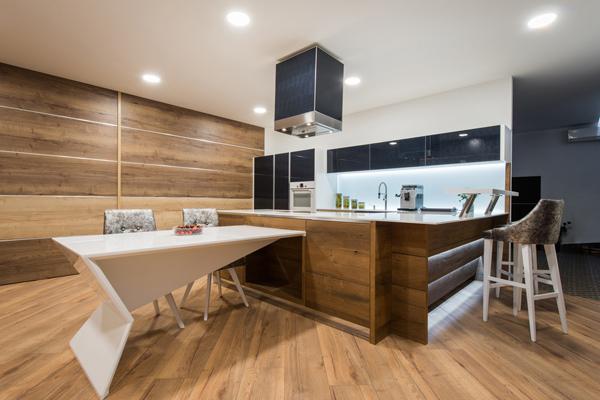 modernt kök med inspiration från 70-talet