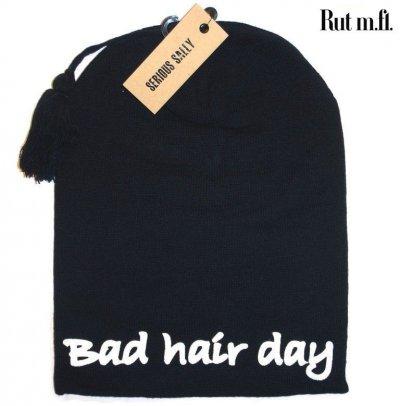 svart-bad-hair-day-mossa.jpg