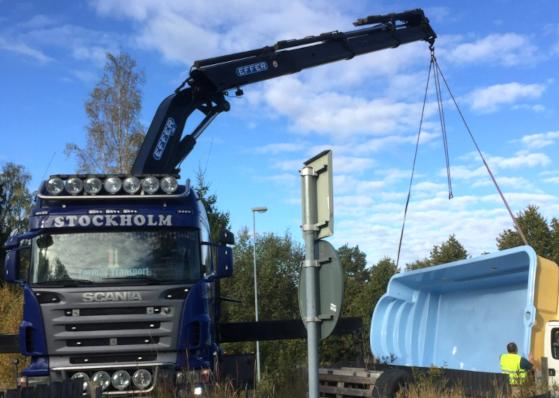 Vi har funnits i 10 år och har kranbilar i Stockholm som vår specialitet inom åkeribranschen.
