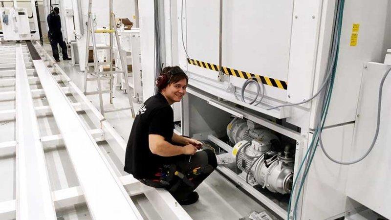 Tekniker som kan installera laddbox i Köping