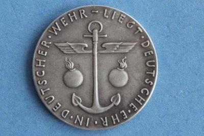 130602goetzvarnplikt19352.jpg