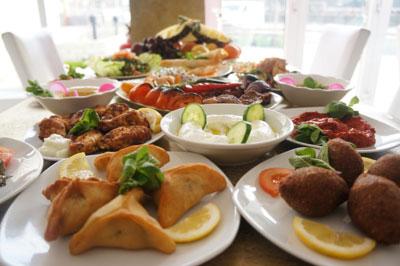 libanesisk restaurang huvudsta