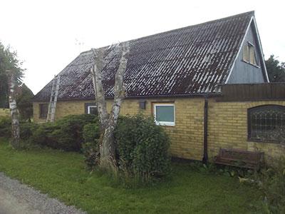Holmby före takläggning