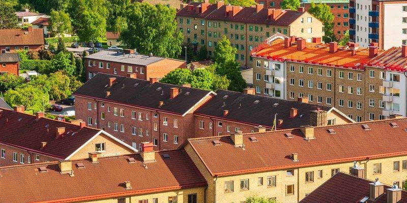 Mäklare i Mölndal säger massor av lägenheter.