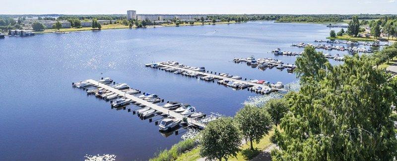 Vill du flytta närmare Vänern till vackra Karlstad? Kontakta våra mäklare i Karlstad!
