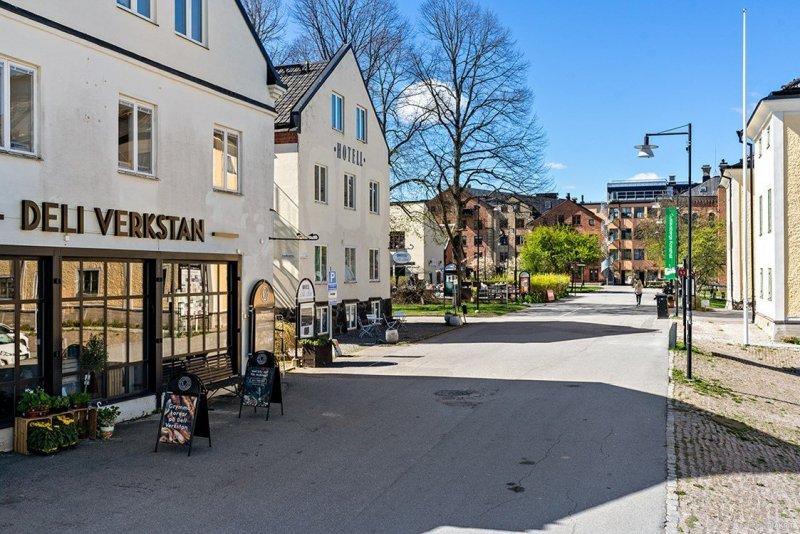 Hitta bostad i Gustavsberg med mäklare på Värmdö.