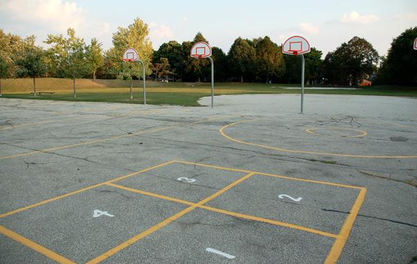 asfaltsmålning på skolgård