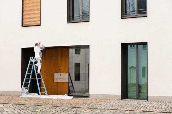 måla exteriör på bostadshus