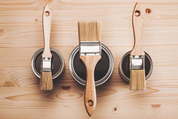 måla matbord med lackfärg