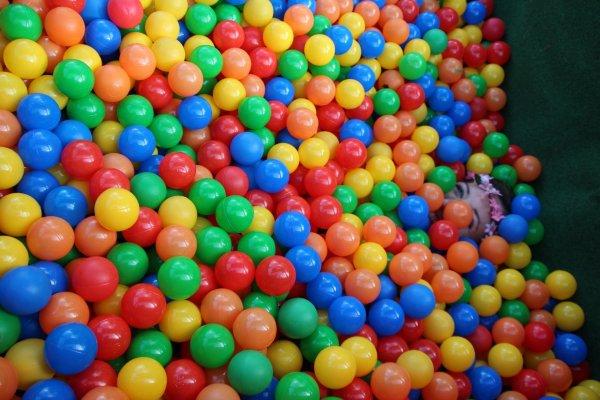 Lek med bollar och räkna matte