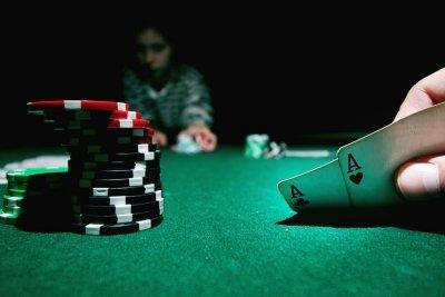 /poker1.jpg
