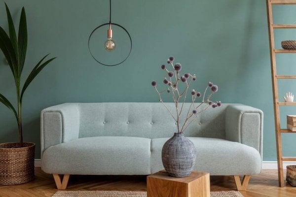 Grönt, modernt vardagsrum