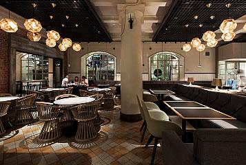 中央公会堂内のレストラン&バル