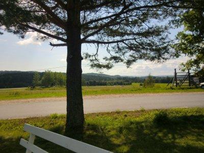 Vägen från Nora hembygdsgård.