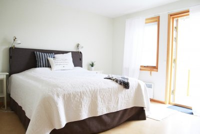 /master-bedroom.jpg