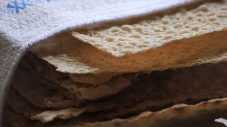 Tunnbröd bakat av Maria