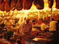 Ett kök fullt med kött