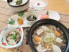 根菜ときのこの鍋定食
