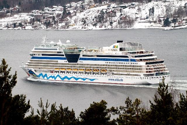 Aida Stella in Oslo Fjord