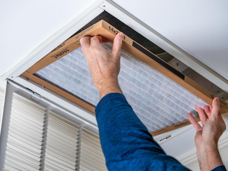 Vi utför OVK-besiktning i Fyrstad och ventilationssystem i bostäder.