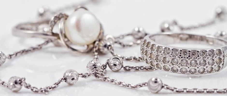 rengöra silver med bakpulver