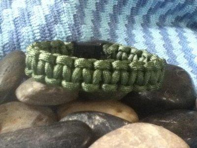 surviver-bracelet.jpg