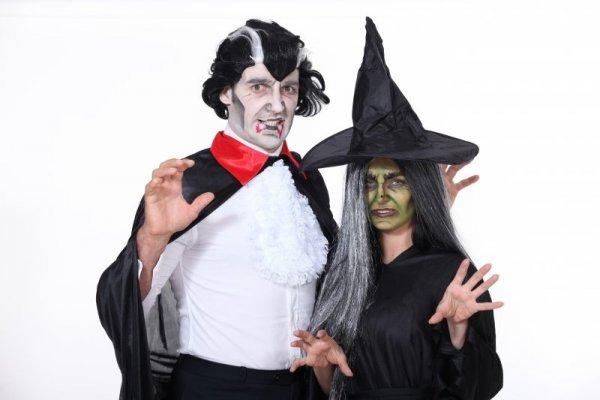 Halloween är en relativt modern företeelse i Sverige om man jämför med USA  och storbritannien och den vinner mer och mer popularitet för varje år. 706db1399ebfa