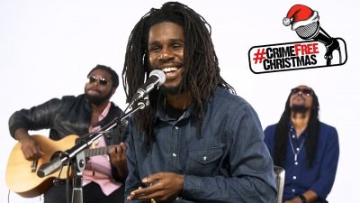 /chronixx-santa-claus-do-you-ever-come-to-the-ghetto.jpg