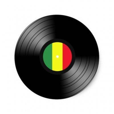 /vinyl-reggae-round-sticker-re3787b310ceb4db4b9fa181babce896f-v9waf-8byvr-512.jpg