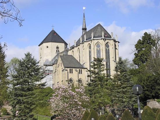 bavaria alm wickrath