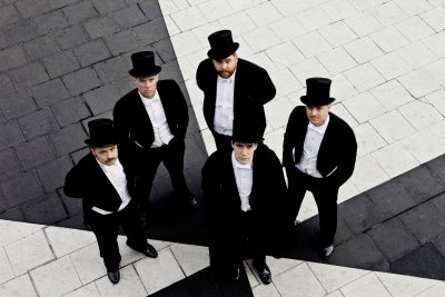 thehives-press-color2012-photo-credit-travis-schneider-2.jpg