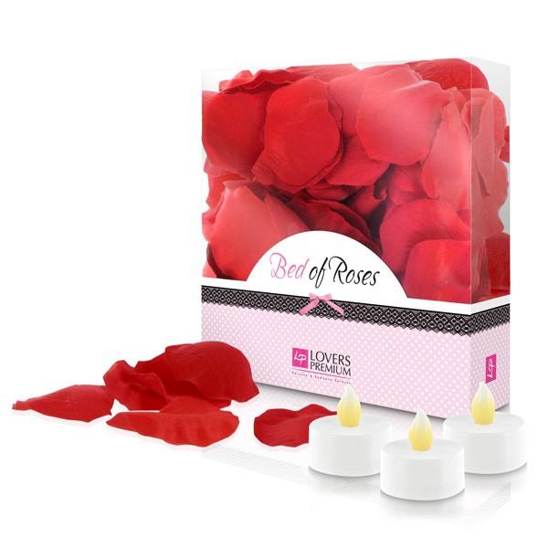 Fullborda din romantiska afton med rosenblad och ljus.