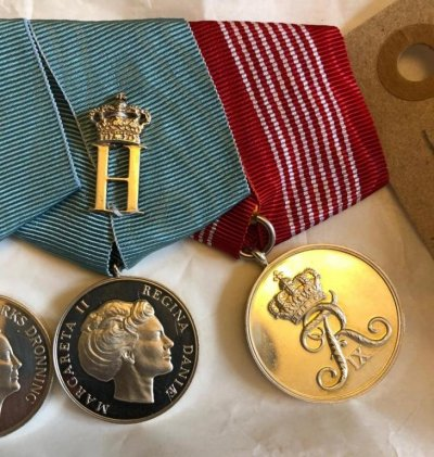 /prince-hendrik-75th-anniversary-medal-2009.jpg