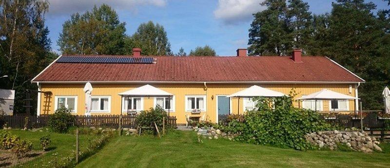 Vi installerar solceller i Örebro med omnejd.
