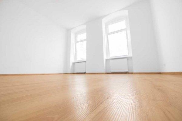 Rent golv städat med ånga