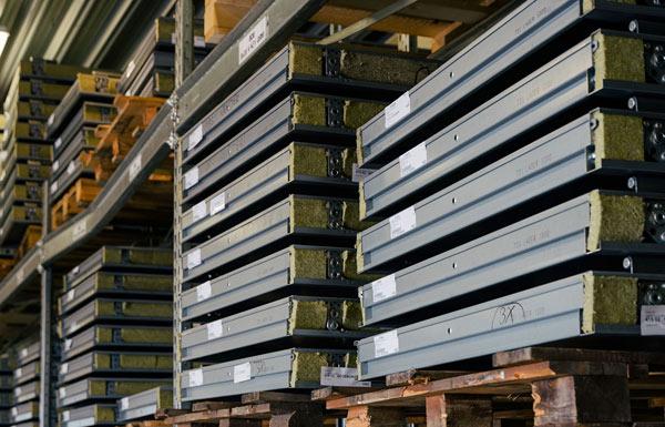 ståldörrar på lager