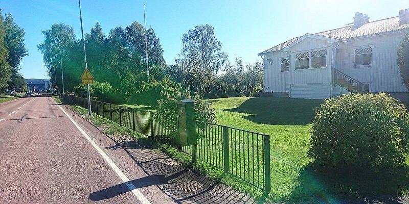 Snyggt staket i byggt i Värmland.