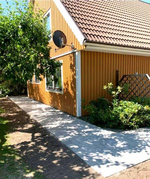 Stenläggning i Västerås runt ett privat hus som vi har utfört.