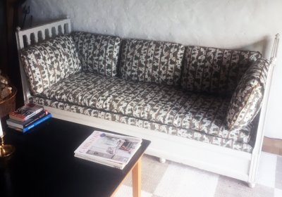 /almare-staket-soffa-kladd-fg.jpg